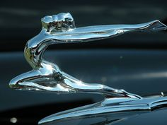 1935 Buick Roadster hood ornament