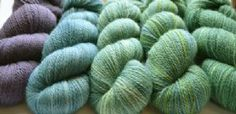 Wildner Top - Dazzle 4 Ply -  British Bluefaced Leicester Wool - Naturally dyed by The Natural Dye Studio