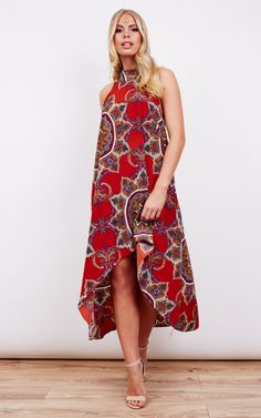 Love, love, love this pattern and these colours. Paired with some darker lipstick and heels you'll turn head when stepping out the door. Perfect with flats for a nice day out site seeing too!
