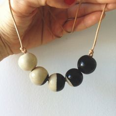Moon Cycle necklace - Sojourn