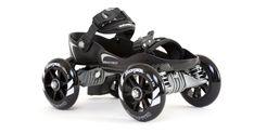 Sportovní stylové quad-line brusle přepínatelné přímo na boty. Další generace bruslí kombinující stabilitu trekových bruslí a rychlost in-line bruslí. Lehký odpružený podvozek nastavitelný až na 5 velikostí padne na každou botu a velká 100 mm kolečka společně skvalitními a přesnými ložisky ABEC – 5 poskytují komfortní jízdu i na nerovném povrchu. Power Kite, Large White, Black And White, Inline Skating, City Streets, Tricycle, Stables, Runes, Skate
