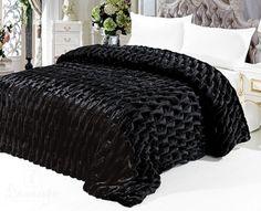 Купить покрывало ШАРПЕЙ плюш черное 220Х240 от производителя Tango (Китай)