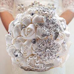 20 Chic Brooch Wedding Bouquets (with DIY tutorial) - Deer Pearl Flowers