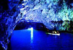 カプリ島 青の洞窟