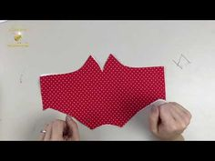 COUDRE UN MASQUE, BIEN PLAQUÉE AU VISAGE - YouTube Girl Doll Clothes, Doll Clothes Patterns, Clothing Patterns, Reuse Old Clothes, Diy Clothes, Easy Face Masks, Diy Face Mask, Sewing Tutorials, Youtube