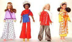 Disco girls Dee, Domino, Britt and Tia