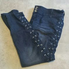 Almost Famous Lace Up Skinny Jeans Worn a lot in high school but no flaws that I can see! Really cute and definitely grab people's attention :-) Almost Famous Jeans Skinny