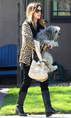 CELEB TREND FAUX FUR 141010 Making her leopard-print fur the focus of her outfit, Rachel Bilson matched it with classic black riding boots and skinny jeans. Her choice of accessory? Her adorable pet dog.  www.pertlybeast.com