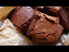 This Gluten-Free Brownie recipe is an easy dessert that everyone can enjoy (make it dairy-free too)! You'll never make boxed brownies again! Best Gluten Free Brownies Recipe, Gluten Free Recipes, Healthy Recipes, Healthy Food, Dairy Free Low Carb, Box Brownies, Low Sugar, Brownie Recipes, Easy Desserts