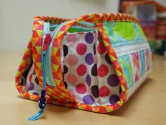 SCHNIG SCHNAG - Quilts and more: Sew Together Bag...