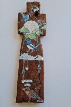 Painted Wooden Crosses, Wooden Bird, Driftwood Sculpture, Nature Artwork, Primitive, Art Pieces, Art Gallery, Sculptures, Objects