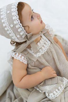 Colección primavera-verano 2013 de Pili Carrera para niñas, niños y bebes #flowergirl #pajes #tendenciasdebodas