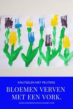 Knutselen met peuters en kleuters. Thema lente, bloemen, voorjaar.  Door een vork te gebruiken als stempel om mee te verven, creëer je op een zeer eenvoudige manier bloemen/tulpen. School Themes, Home Schooling, Crafts For Kids, About Me Blog, Easter, Diy, Crowns, Kindergarten, Fox