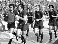 Claudio Sala - Festeggiamenti per lo scudetto, maggio 1976.                                                 Celebration of the Championship.