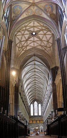 Catedrais Medievais: Abadias e mosteiros - Prof.Altair Aguilar