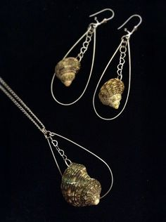Earring and 18 inch necklace shell set by SandeeSavini on Etsy, $25.00