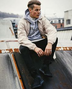 "Herman Tømmeraas|| ""hey there I'm Herman, I'm 19 and single. I'm kind of a player and a bad boy. Or that's what people say at least"" I smirk to myself ""come say hi"" I wink ((he cheated on his girlfriend ))"