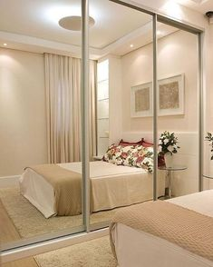 78 ideas to decorate small rooms Home Bedroom, Modern Bedroom, Bedroom Decor, Bedrooms, Trendy Bedroom, Wardrobe Design Bedroom, Mirrored Wardrobe, Mirrored Closet Doors, Small Apartments