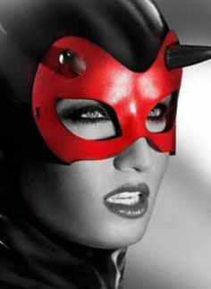 sexysassycolor:  RED MASK