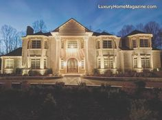 Now that's a palace! Luxury #home #architecture. #mansion