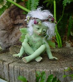Visit Miniaturist Judy Raley of Once We Were Faeries' CDHM Gallery ---- I HAVE this Precious Baby!!