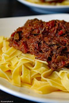 pastasaus met draadjesvlees uit de slowcooker 2
