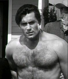 Clint Walker.  he's purty!!!!!!