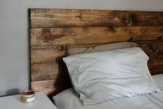 Diy wood headboard pallet headboard ideas for your bedroom diy wooden headboard with lights . Barn Board Headboard, How To Make Headboard, Homemade Headboards, Headboards For Beds, Wooden Headboards, Cheap Headboards, Rustic Wooden Headboard, Reclaimed Headboard, Headboard Pallet