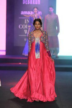 Debarun. AICW 15'. Indian Couture.