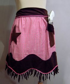Cowgirl Apron made by Esti Gerson, a Cratzine apron contest winner.  No tutorial, just pic.