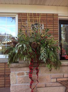 Christmas Planters, Christmas Wreaths, Plant Hanger, Holiday Decor, Plants, Home Decor, Decoration Home, Room Decor, Plant