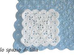 lilla's tutorials: la piastrella crochet a ventaglietti / the crochet fan square - YouTube