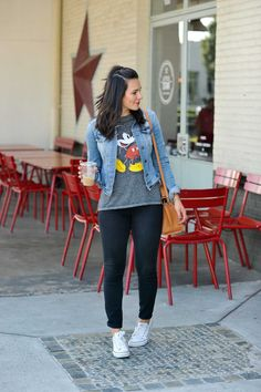 b690d86a74c1 Mickey Mouse Graphic Tee Casual Outfit