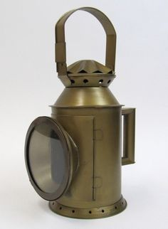 Iron Railway Locomotive Engine Oil Lamp ~ Train Lantern