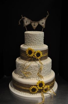 Romantic Rustic Brown White Yellow Country Flowers Fondant Round Topper Wedding Cake Wedding Cakes Photos & Pictures - WeddingWire.com