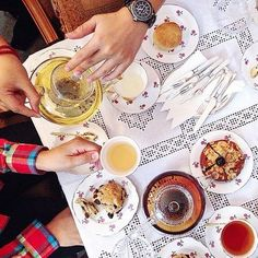 Anteaques, Edinburgh | 21 Absolutely Charming Tea Rooms You Have To Visit Before You Die