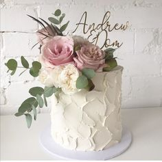 A beautiful ivory single tier wedding cake with gorgeous dusty pink roses and eucalyptus. Such a fresh combo for a Spring wedding cakes spring 5 Spring Wedding colour schemes for. ~ KISS THE BRIDE MAGAZINE Small Wedding Cakes, Wedding Cakes With Cupcakes, Wedding Cake Rustic, Elegant Wedding Cakes, Wedding Cakes With Flowers, Wedding Cake Designs, Wedding Cake Toppers, Wedding Ideas, Simple Elegant Wedding