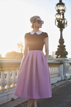 A softly pleated skirt in a paled-down version of Pantone's color for 2014 - 'Radiant Orchid' <> (Atlantic-Pacific: Paris sunrise / BHLDN earrings) Looks Style, Style Me, Pretty Outfits, Cute Outfits, Sexy Outfits, Fashion Outfits, Womens Fashion, Style Fashion, Dress Me Up