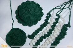 Qualle häkeln - Anleitung für Amigurumi Krake / Oktopus - Talu.de Textiles, Crochet Earrings, Drawings, Diy, Jewelry, Creative Things, Diabetes, November, Pullover