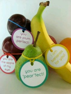 Fruit sayings...too cute! Nice way to surprise the kids with the breakfast fruit!
