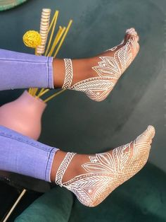 Foot Henna, Mehndi Designs, African Fashion, Beautiful Pictures, Wax, Beauty, Tatoo, Easy Henna, Style