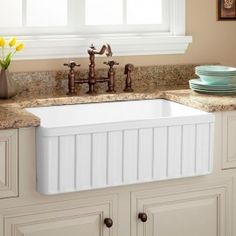 "114290  33"" fireclay farmhouse sink"