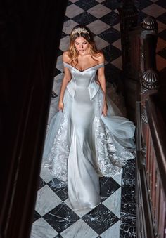 Have the Meghan Markle effect with a little Galia Lahav magic with our stunning #Alexandra wedding gown. This mermaid dress made from a rare combination of tulip pink and ivory has all the regal beauty with its side basques, detachable over skirt and off-the-shoulder detail. #MeghanMarkleInspired #DuchessofSussexInspired #RegalWedding #RegalBride #RoyalWedding #RoyalBride #GLCouture #GaliaLahav #CoutureweddingDress #WeddingDress #WeddingInspiration #Weddings