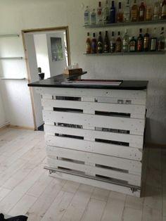 Bar aus europaletten zu verkaufen (Schramberg) - Baumaterial Holz & Metall - dhd24.com
