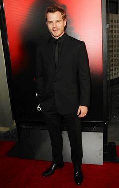 Robert Kazinsky Plays Ben a Fairy Vampire Hybrid Arrives @ The Premiere of HBO's True Blood Season 6