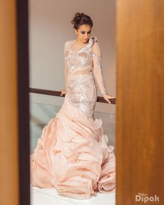 Stunning Gowns Real Brides wore instead of Lehenga for Reception Indian Bride Dresses, Bride Reception Dresses, Indian Bridal Outfits, Indian Designer Outfits, Designer Dresses, Indian Gowns, Pakistani Dresses, Stylish Dress Designs, Stylish Dresses