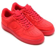 NIKE AIR FORCE 1 07 LV8 [SOLAR RED/SOLAR RED] (718152-601)