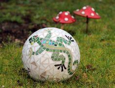 Gecko mosaic garden ball garden decor, made to order
