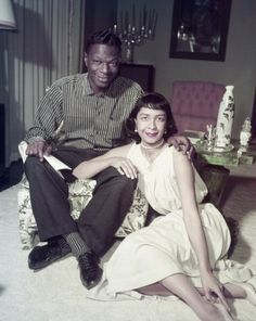"""Nat """"King"""" Cole at home with his wife Maria in Their daughter Carol Cole once said that her mother """"radically altered"""" her father's style. She replaced his zoot suits with the classic, bespoke pieces that were to be his trademark Nate King Cole, Nat King, Vintage Black Glamour, Black Celebrities, Black Actors, Celebs, Famous Black, Black History Facts, Hollywood"""