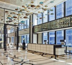 Lobby and front desk at The Langham, Chicago. Photo by Mike Schwartz.